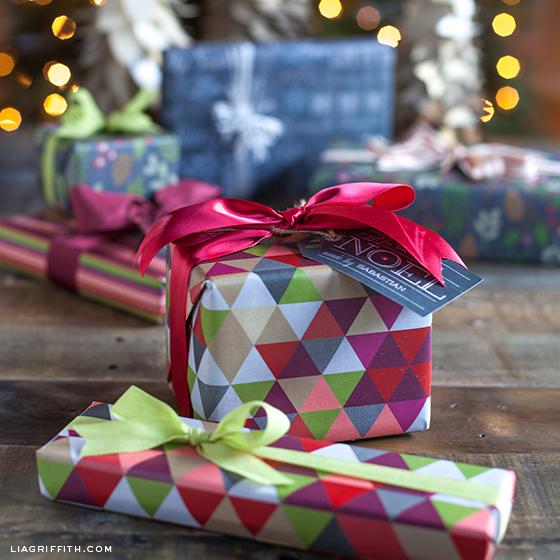 опаковаме подаръците