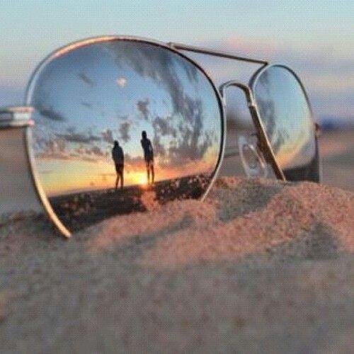 защо да носим слънчеви очила