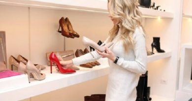 10 чифта обувки