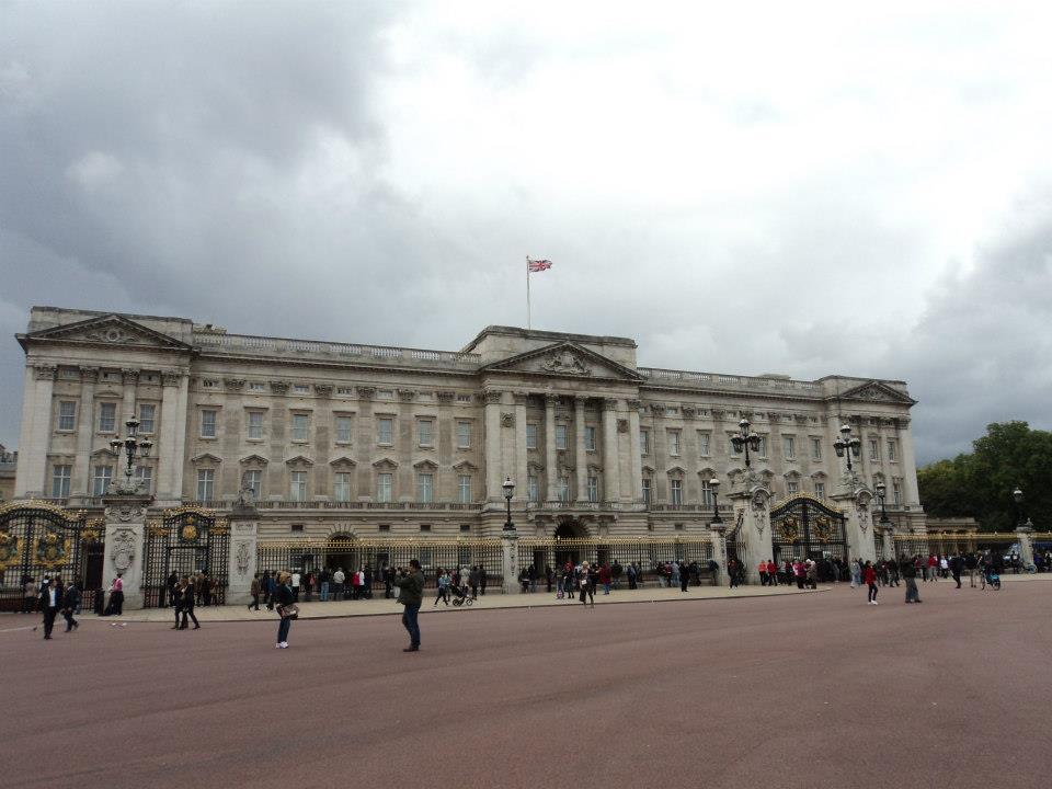 Бъкингамският дворец в Лондон