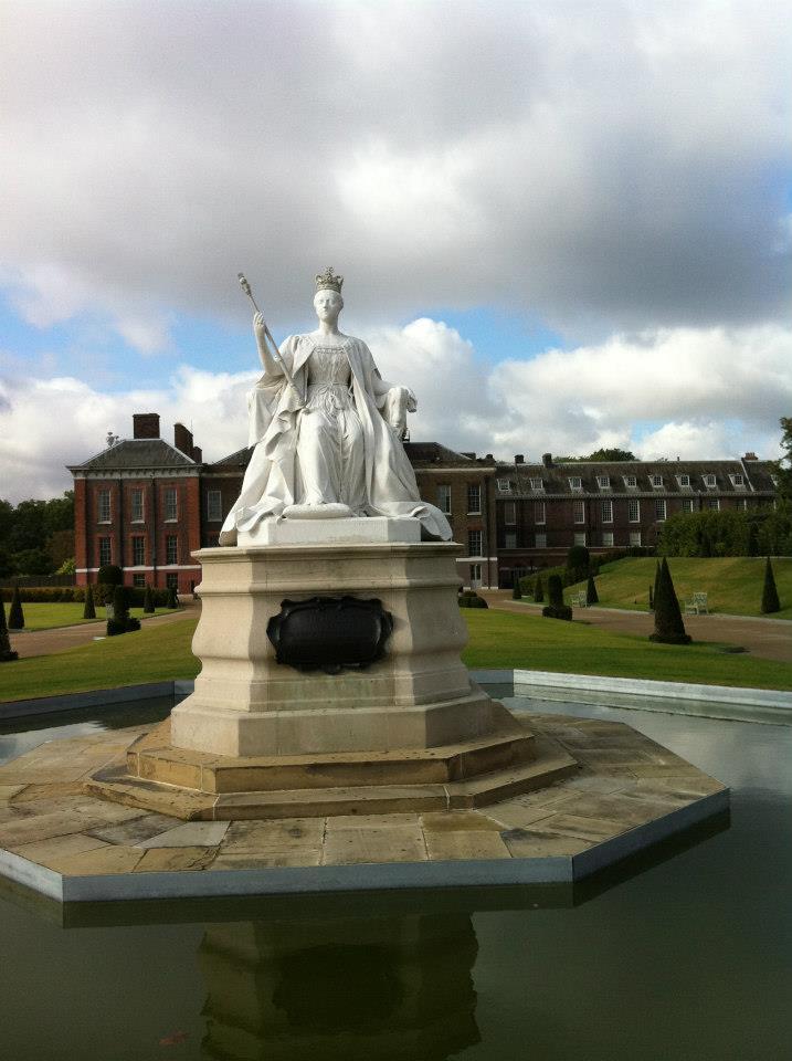 статуята на Виктория