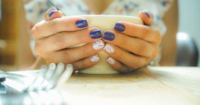 53 идеи за къси нокти
