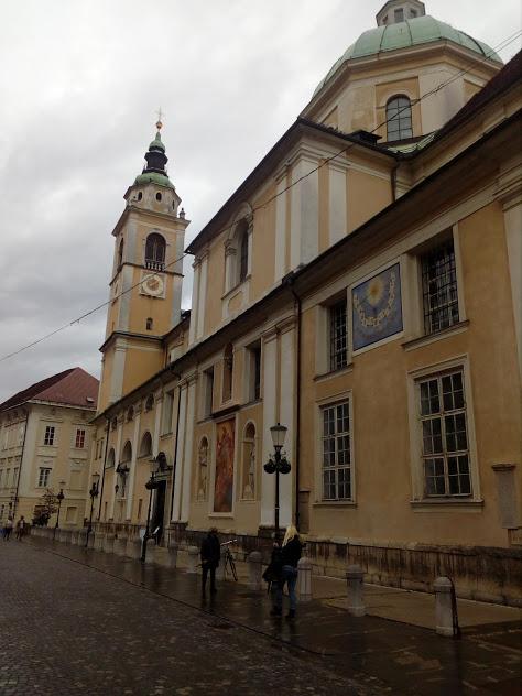 Катедралата Свети Николай