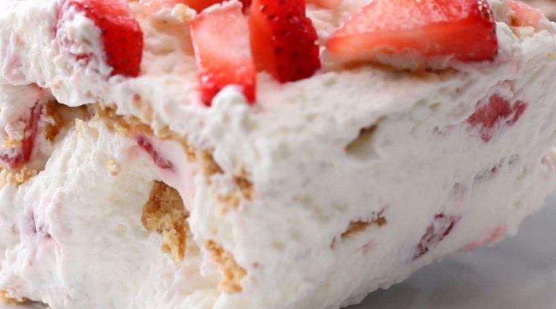 якусна ягодова торта